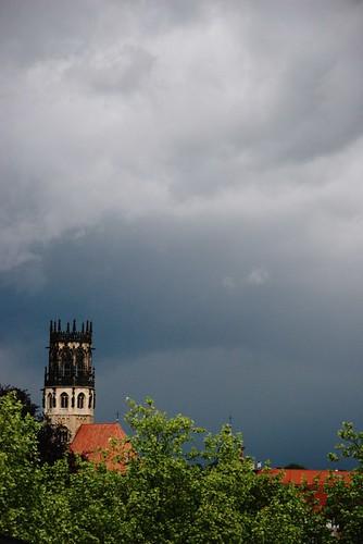 Eglise dans la tempête