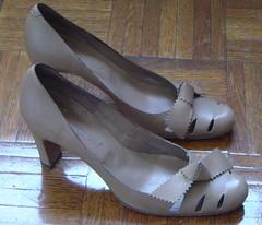 nude roberto del carlo heels