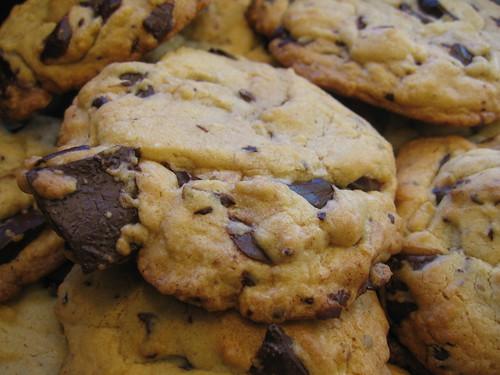 uber chocolate chunk cookies | Muffin Top