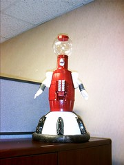 Tom Servo with a flash.JPG
