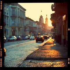 Sunset street photo by Denis Allbertovich