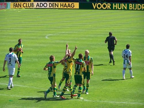 5676524755 aa2798d50b ADO Den Haag   FC Groningen 2 4, 1 mei 2011