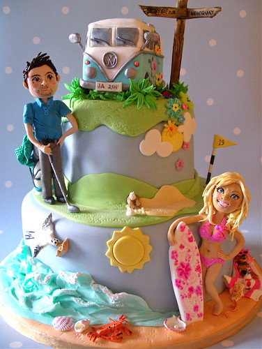 Barbie & Ken wedding cake photo by nice icing