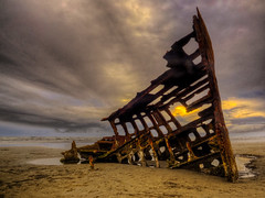 Peter Iredale Ship Wreckage, Fort Stevens State Park, Oregon photo by Beau Rogers