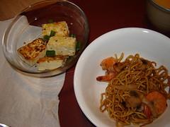 Tofu and Yakisoba