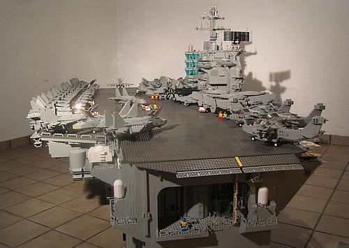 lego_aircraft_carrier1