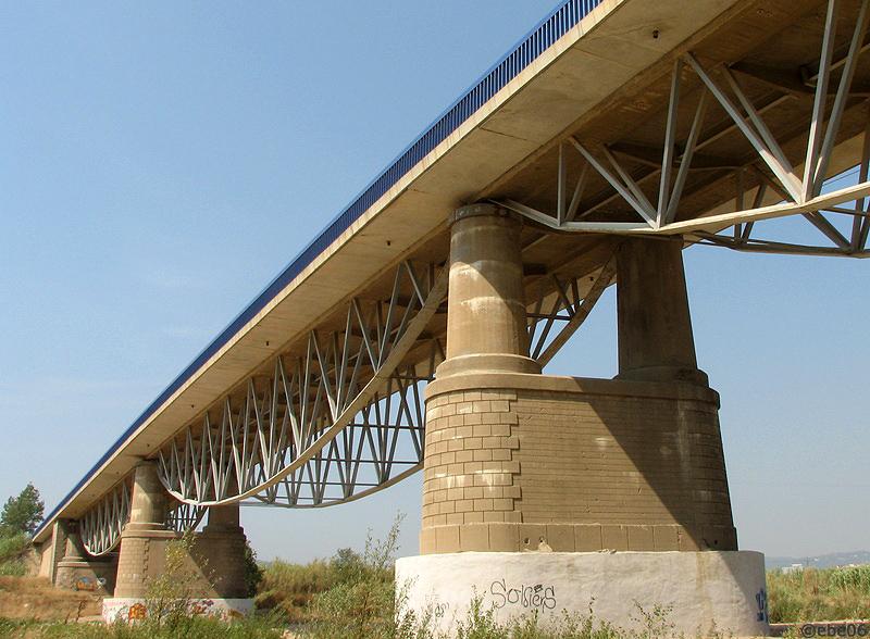 El puente hermano