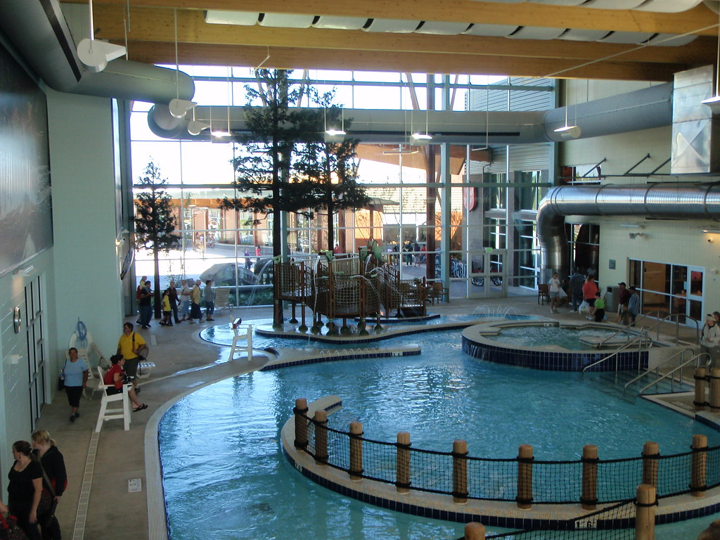 Kroc center salem salvation army myrtha pool display for Kroc center