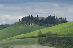 Monte Sante Marie - Asciano (Siena, Tuscany, Italy) photo by ricsen