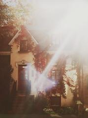 Victorian home photo by Gabriela Tulian