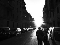 Against the light (HighContrastLife Project) photo by Riccardo Villani