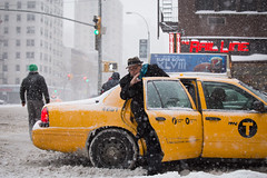 Snow Storm NYC photo by Adrian Cabrero (Mustagrapho)
