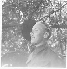 Angleterre- 1940 Août-Sous lieutenant Jeannot- Delville Camp  - Fonds Jean-Mathieu Boris