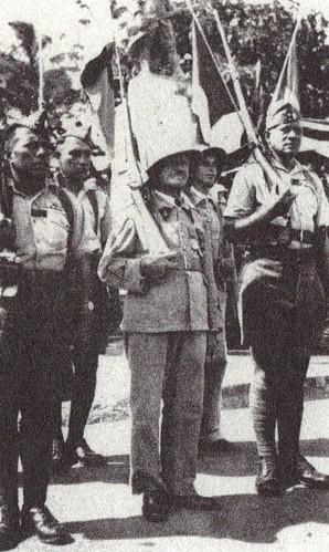 BP- Le fanion du Bataillon et sa garde d'honneur - Mémoires de Roger Ludeau