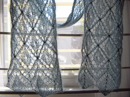 Trellis scarf from Spring 2006 Interweave Knits