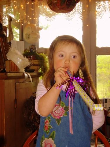 Birthday horn