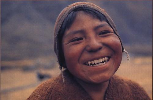Alegría de un niño en el altiplano. La Paz. Eric Bauer Fotógrafo