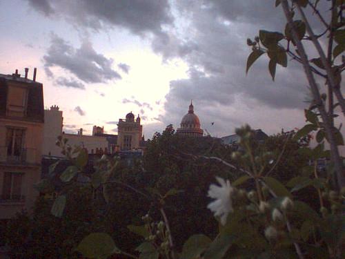 Le panthéon, un soir de mai pluvieux...