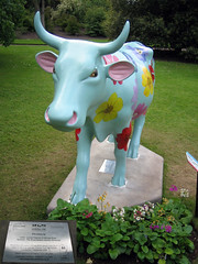 No 60 Pri-moo-la at Edinburgh Cow Parade 2006