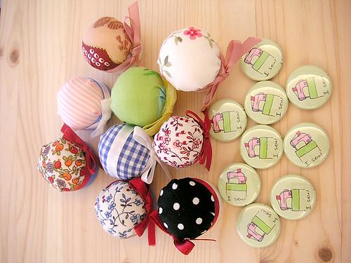 pins & buttons 1