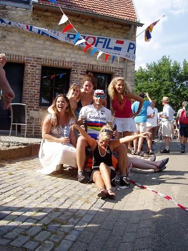 Alex met de mooiste meisjes van Nederland