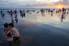 Waiting for the sunset at Petitenget beach (2) , Seminyak, Bali photo by Andre Rivest