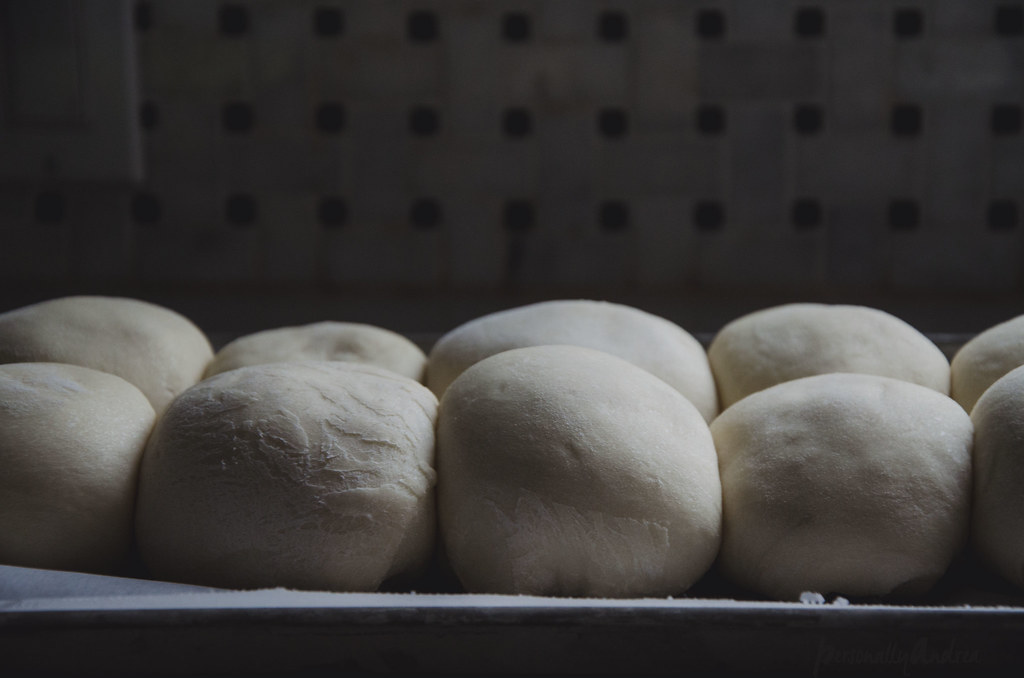 Almost Homemade Hamburger Buns | personallyandrea.com