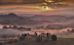 Mist with the beginning sunset photo by Giuseppe Toscano
