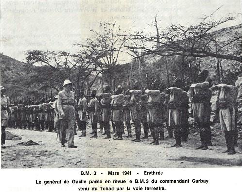 BM 3 - 1941 mars- Erythrée- De gaulle passe en revue