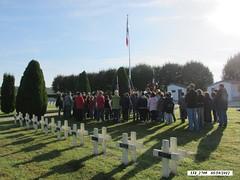 Franche Comté - Rougemont- La classe de l'école de Champagney au cimetière militaire de Rougemont- Crédit photo : Alain Jacquot Boileau