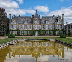 Château de Curzay Reflection photo by CR Courson