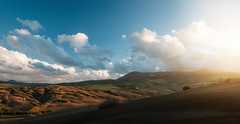 Sunset Over Clouded Monte Amiata photo by Philipp Klinger Photography