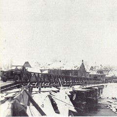 1945 - Alsace- Pont bailey permettant de franchir le canal décharge de Krafft - Paul Gaujac