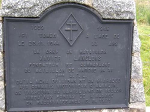Franche Comté- Dolleren - Plaque apposée sur la stèle Xavier Langlois, commandant le BM XI
