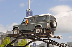 Land Rover Defender photo by Transaxle (alias Toprope)