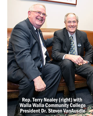 Rep. Terry Nealey with WWCC President Steven VanAusdle