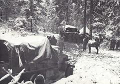 RFM- 11 et 12 nov 1944- camions des 1 et 2 escadrons -évacuation pop civile du Thillot ddu col du Mobieu à Remiremont - Paul Gaujac
