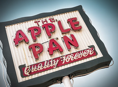The Apple Pan photo by Shakes The Clown
