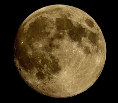 August 9 almost Supermoon photo by snooker2009