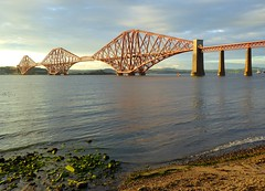 The railway bridge over the Firth of Forth photo by Frans.Sellies