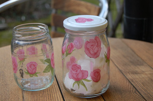 Glas jars with roses