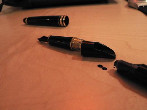 broken mont blanc pen