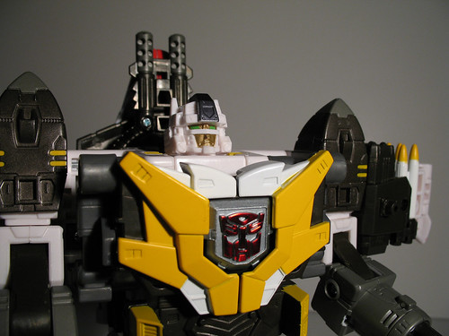Cybertron Wing Saber