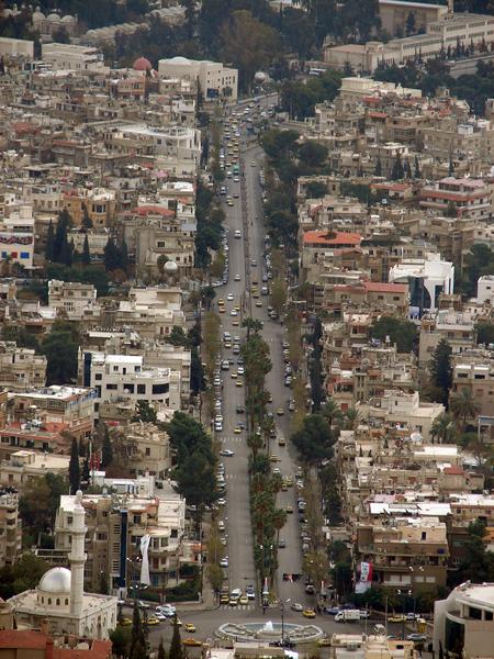 جبل قاسيون المطل على مدينة دمشق........ مع الصور 147310207_31dfa79460