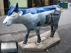 No 81 Pastures New at Edinburgh Cow Parade 2006