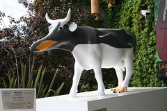 No 53 Gencoo Penguin at Edinburgh Cow Parade 2006