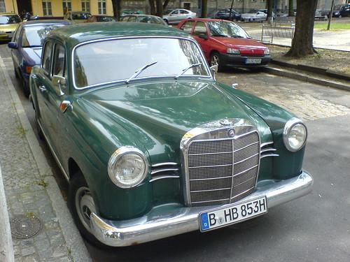 Mercedes Benz 180 D