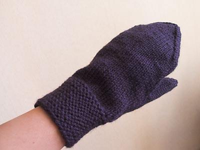One garter cuff mitten done