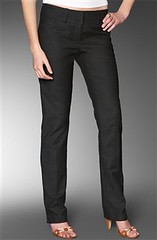 187659272 1b8e2df3fe m Fashion Trend: the Skinny Black Pant