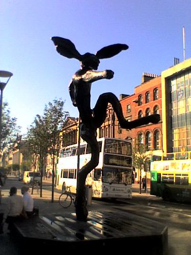 statues in O'connell street
